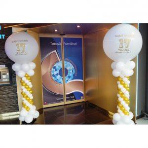 Stalp baloane cu jumbo pentru aniversare