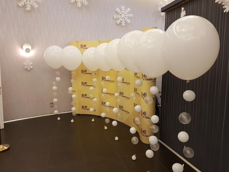 Baloane jumbo umflate cu heliu